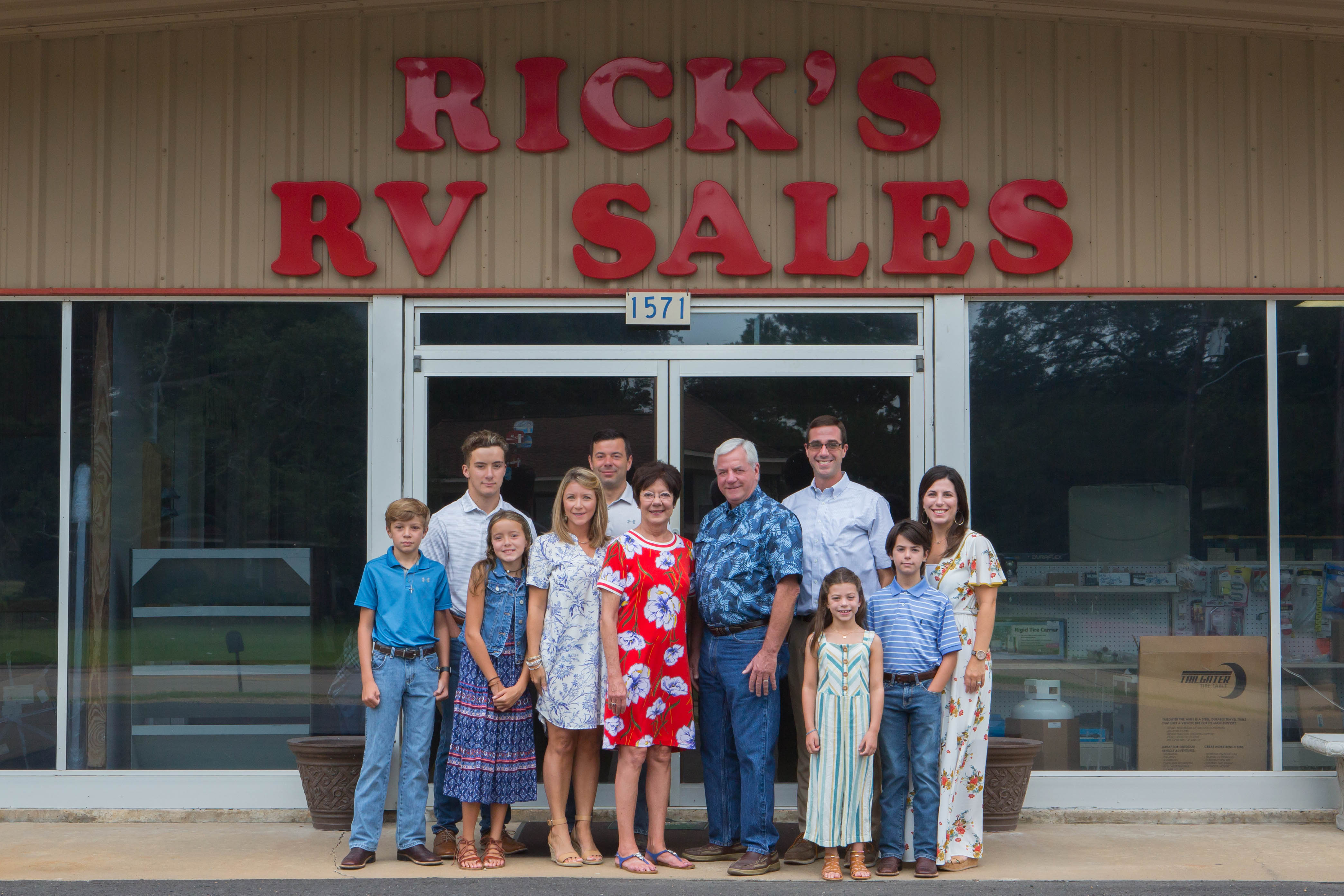 Johnson family photo at rick's rv sales in ville platte Louisiana.